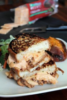 18 Grilled Cheese Sandwiches That Made Us Drool In 2015