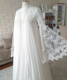 Image may contain: one or more people – Wedding Dresses Muslim Wedding Gown, Muslimah Wedding Dress, Hijab Wedding Dresses, Muslim Dress, Bridal Outfits, Women's Dresses, Wedding Gowns, Fashion Dresses, Wedding Hair