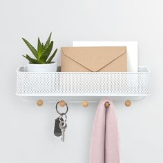 Umbra Estique Hallway Organiser – Add a contemporary storage solution to your entrance hall with the Umbra Estique Hallway Organiser! This glorious multi-purpose design is.