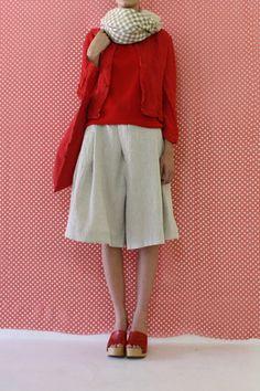 Daniela Gregis - love this combination Mode Outfits, Casual Outfits, Fashion Outfits, Womens Fashion, Modern Suits, Shabby Look, Sharp Dressed Man, Shirt Skirt, Bohemian Style