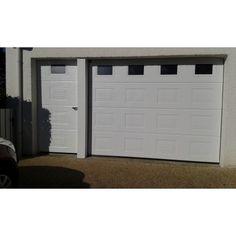porte de garage sectionnelle plafond avec portillon indépendant Garage Doors, Outdoor Decor, Home Decor, Ceiling, Gates, Decoration Home, Room Decor, Carriage Doors, Interior Decorating