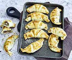 Schinkengipfeli Croissants, Fingerfood Party, Griddle Pan, Appetizers, Eat, Strudel, Dessert, Halloween, Collection