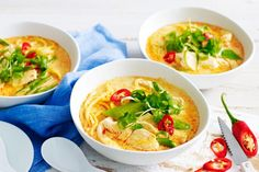 Treat your family to an authentic Asian dish with this flavoursome chicken and snow pea laksa.