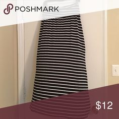 Maxi skirt with price dropped!! Comfy!! Black and white maxi skirt. Worn only once or twice. Rayon fabric. Ana Skirts Maxi