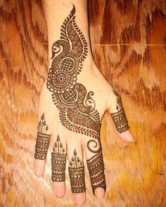 Peacock Mehndi Designs, Back Hand Mehndi Designs, Latest Bridal Mehndi Designs, Mehndi Designs For Beginners, Mehndi Designs For Girls, Mehndi Designs Book, Unique Mehndi Designs, Dulhan Mehndi Designs, Mehndi Patterns