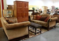 Sofa 2 tapestry, 2 rust, 1 brwn pillow/Owner Paid $1638 Gold Nailhead Chenille Walnut wood trim Price $699 Loveseat 2 tapestry, 1 rust…