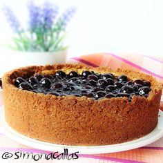 simonacallas : Cheescake with Blueberry Topping / Cheesecake cu topping de afine Key Lime Cheesecake, How To Make Cheesecake, No Bake Cheesecake, Blueberry Cheesecake, Blueberry Topping, Sweet Tarts, Something Sweet, Cheesecakes, Bakery