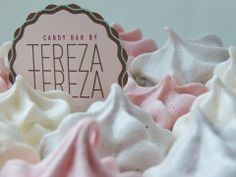 Hmmm...these meringues taste like heaven! We call them chewy clouds and we make them in light pink,snowy white or pastel violet. Meringues enrich every our Candy Bar with luxurious look and delicious taste! Have you tried one?