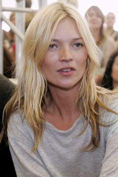 Kate Moss goes blonder but 'scruffs' up her look to complement her then-boyfriend Pete Doherty's style 2006   PA Photos.