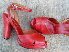 Veronica – Re-mix Vintage Shoes  THEY COME IN GRASS GREEN!!!!!!!!!!!!!!!!!!