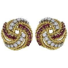 Preowned Ruby Diamond 18 Karat Yellow Gold Knot Clip Earrings (498.870 RUB) ❤ liked on Polyvore featuring jewelry, earrings, yellow, diamond earrings, 18k yellow gold earrings, yellow earrings, gold earrings and ruby diamond earrings