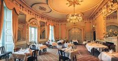 1_26_castle_dining_hall Irish castle up for sale