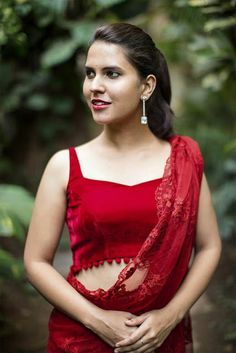 Buy House Of Blouse Maroon velvet sweetheart neck blouse online in India at best price.A super versatile basic blouse! This sleeveless sweetheart neck velvet number can be your go-to blouse Blouse Back Neck Designs, Sari Blouse Designs, Designer Blouse Patterns, Net Saree Blouse, Sleeveless Saree Blouse, Sexy Blouse, House Of Blouse, Stylish Blouse Design, Stylish Sarees