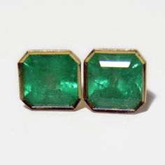 Composition: Yellow Gold 18K Primary Stones: 100% Natural Colombian Emeralds Shape or Cut : Emerald Cut Average Color/Clarity : AAA Nice Medium Green Color/ Clarity, VS-SI Total Weight Emeralds: 4.82