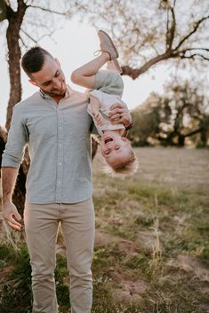 6 Month Baby Picture Ideas Boy, Family Picture Poses, Fall Family Photos, Family Posing, Family Pictures, Father Son Photography, Toddler Boy Photography, Father Son Pictures, Boy Pictures