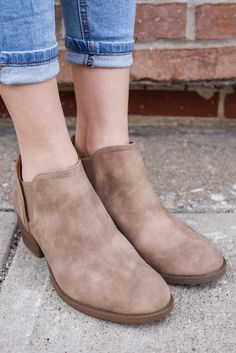 Sand Distressed Faux Leather Round Toe Booties Philly-20 – UOIOnline.com: Women's Clothing Boutique