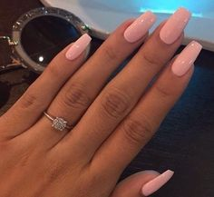 Pretty in pink nails acrylic nails, nails et pretty nails Aycrlic Nails, Hair And Nails, Gel Toe Nails, Kylie Nails, Gel Nail, Nail Polish, Gorgeous Nails, Pretty Nails, Amazing Nails