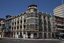 Edificio de viviendas B. Pinilla (1927) - Zamora - diseño modernista de Antonio García Sánchez-Blanco.