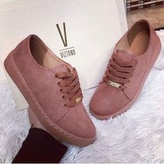 Girl's fashionable sneakers in pinky shades - Mode - Girls Sneakers, Girls Shoes, Shoes Sneakers, Shoes Heels, Sock Shoes, Cute Shoes, Shoe Boots, Ankle Boots, Trendy Shoes