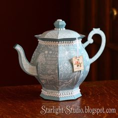 Denni's beautiful paper teapot gift box from SVGCuts #svgfiles #papercrafts