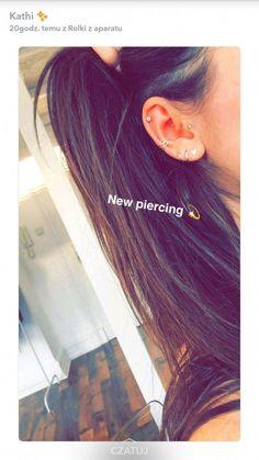 Love the piercings. piercing love the piercings. - e a r° RINGS - Ear Piercing Daith Piercing, Faux Piercing, Cool Ear Piercings, Ear Peircings, Smiley Piercing, Multiple Ear Piercings, Types Of Piercings, Body Piercings, Piercing Tattoo