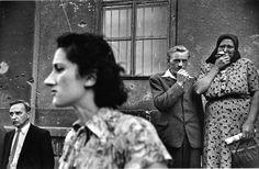 Ernst Haas, Homecoming Prisoners, Vienna, 1947.