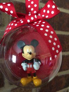 Mickey Mouse Globe Ornament by LulusCraftyCorner on Etsy Cricut Projects Christmas, Disney Christmas Crafts, Disney Christmas Decorations, Mickey Christmas, Christmas Ornament Crafts, Disney Crafts, Globe Ornament, Christmas Fun, Christmas Wreaths