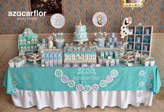 AZUCAR FLOR party studio Frozen Pinata, Disney Frozen Cake, Frozen Theme Party, Frozen Birthday Party, Birthday Parties, Disney Princess Party, Frozen Princess, Frozen Candy Table, Disney Candy