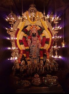 Surya Narayan today Ganapati Decoration, Lakshmi Images, Lord Balaji, Architectural Sculpture, Hindu Deities, Hinduism, Radha Krishna Love, Om Namah Shivaya, Indian Art Paintings