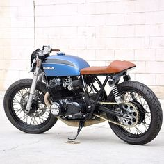 seaweedandgravel:    Blog post now up on seaweedandgravel.com with more photos. #cb750 @imfreakinugly #seaweedandgravelgarage