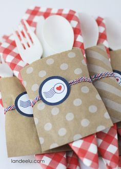 4th of July Party Idea: Patriotic Utensil Holders