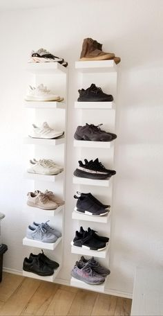 39 Simple Shoe Storage Ideas That Will Declutter Your Hallway 39 of the most brilliant shoe storage ideas. These smart solutions are guaranteed to help you keep your home clutter and chaos-free! Wall Shoe Storage, Shoe Wall, Shoe Room, Shoe Storage Large, Shoe Storage Room Ideas, Shoe Rack For Wall, Shoe Storage For Bedroom, Shoe Closet, Shoe Shelf Ikea