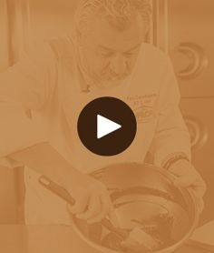 Paco Torreblanca comparte sus mejores consejos y recetas elaboradas con chocolate Choco Chocolate, Chocolate Crafts, Chocolate Decorations, Chocolate Desserts, Amazing Food Decoration, Modeling Chocolate Recipes, Chocolate Garnishes, Cake Decorating Kits, Fancy Desserts