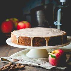 Blog post at Healthy Seasonal Recipes : I'm going to let you in on a secret.  There is such a thing as a fall dessert without pumpkin.    I know, I know. I think I may brea[..]