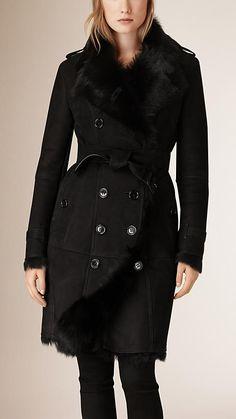 Black Shearling Trench Coat #burberry #fashion