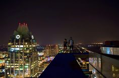 10 Most Amazing Rooftop Photos of Austin You'll Ever See. August 2014 by Edgar Barguiarena. J's photography has an otherworldly appeal. The photos look like they were captured in a futuristic setting. Texas Usa, Austin Tx, Photo Look, World Traveler, Willis Tower, Empire State Building, Rooftop, Futuristic, Cool Photos