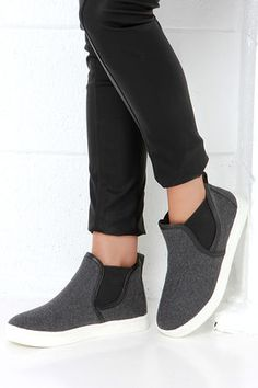 Populate your urban area with the Report Arceto Grey High-Top Slip-On Sneakers! These street-chic sneakers have a grey felted upper with a rounded toe and black elastic goring. Women's Shoes, Cute Shoes, Me Too Shoes, Shoe Boots, Slip On Sneakers, High Top Sneakers, Wool Sneakers, Shoes Sneakers, High Top Boots