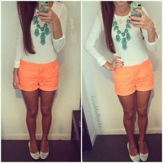 White shirt, bright peach shorts, flats, and teal bubble necklace. Fashion 101, Fashion Beauty, Womens Fashion, Summer Outfits, Cute Outfits, Summer Clothes, Outfit Goals, Spring Summer Fashion, Summer Wear