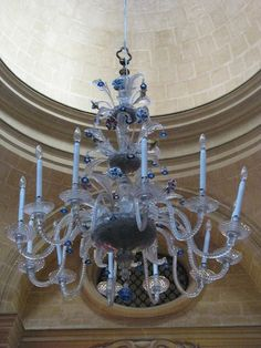 Murano glass chandelier in St Paul Cathedral