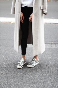 silver kicks // light grey wool oversized coat // fall fashion // casual chic // winter style