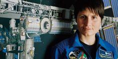 Buon compleanno a Samantha Cristoforetti, la prima donna astronauta italiana