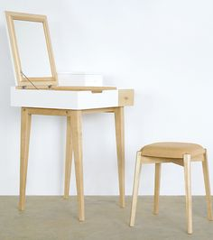 A dancing dressingand laptop desk with beauty inside, and information on hand. x x cm Oak / BirchWood 15 mins Laptop Desk, Beauty Inside, Dressing Table, Wishbone Chair, Wooden Furniture, Bar Stools, Interior Design, Hong Kong, Runway