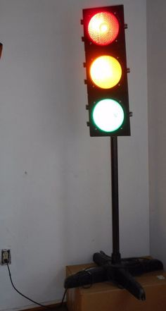 ECONOLITE Vintage Traffic Signal Lights Stand Lamp e951 e952 Red Yellow Green