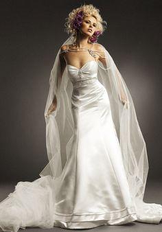 Lovely dress (but I don't like the model)