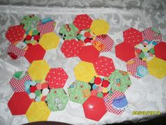 How to make your own plastic templates for english paper piecing how to make your own plastic templates for english paper piecing quilts quilts quilts pinterest english template and paper piecing pronofoot35fo Images