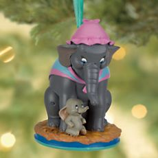 Disney Dumbo and Mrs. Jumbo Sketchbook Ornament- bought this one for my tree! Disney Christmas Decorations, Hallmark Christmas Ornaments, Peanuts Christmas, Xmas, Christmas Story Books, Baby Dumbo, Disney Figurines, Disney Traditions, Disney Merchandise