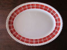 Very nice service plate , White with red patterns, trimmed and gold edging. ✱ Model: Johnson Bros Old English Made in England BY. Johnson Bros, Red Pattern, China Patterns, Old English, Red Gold, England, Plates, Retro, Nice