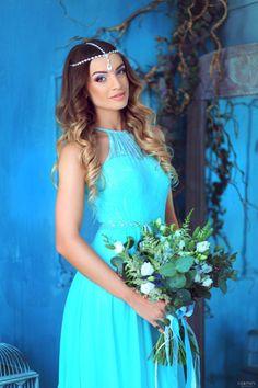 Bridal bouquet for summer wedding. With proteus, eucalyptus, lisianthus, delphinium, wildflowers.   Летний свадебный букет. С протеей, эвкалиптом, лизиантусов, дельфиниумом и полевыми цветами.