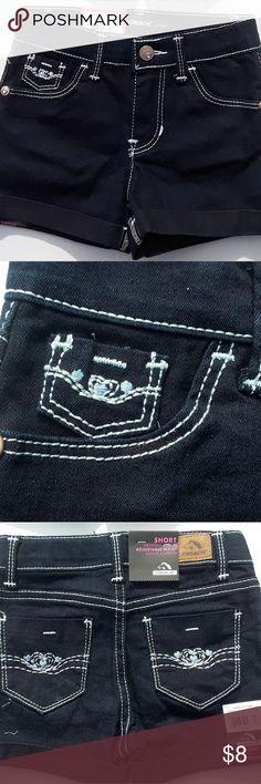 Little girls Jordache jean shorts Dark blue denim, roll cuff shorts by Jordache size 3T Jordache Bottoms Jeans