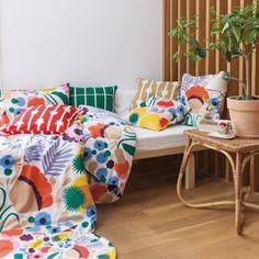 A colorful Marimekko pattern Home Interior, Interior Decorating, Interior Design, Interior Colors, Interior Modern, Marimekko Fabric, Marimekko Bedding, Scandinavia Design, Shabby Chic Antiques